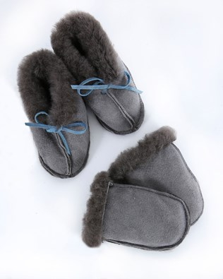 Baby Mitten And Bootie Set - Size One Size - Grey 611