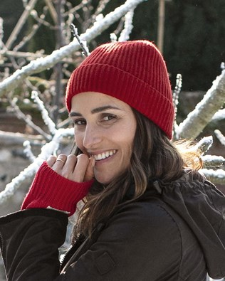 5877-cashmere-ribbed-beanie-red.jpg