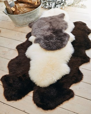 5200-sheepskin-rug-lifestyle-3.jpg