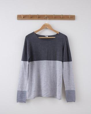 Fine Knit Merino Crew Neck - Small - Derby & Silver Grey Colour Block - 1260