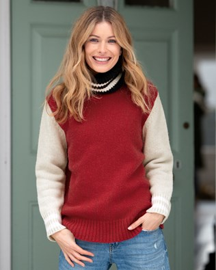 Legerer Slouch-Pullover im alpinen Stil mit Rollkragen