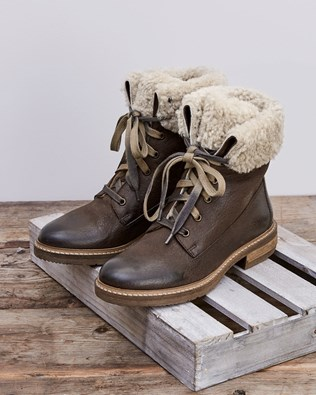 Fold Down Lace Up Boots - Tanners Brown - Size 37 - 2571