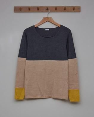 Fine Knit Merino Crew Neck Jumper - Size Small - Derby Grey, Camel, Gorse - 2355