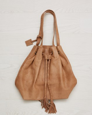 Leather drawstring bucket bag - Camel - One Size - 2567