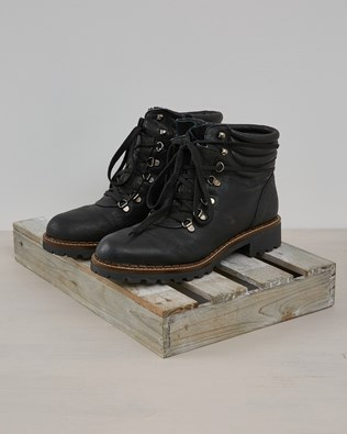 Hiker Boot - Black Leather - Size 40 -2577