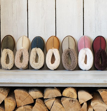 slippers_bootee_feature box_winter16.jpg