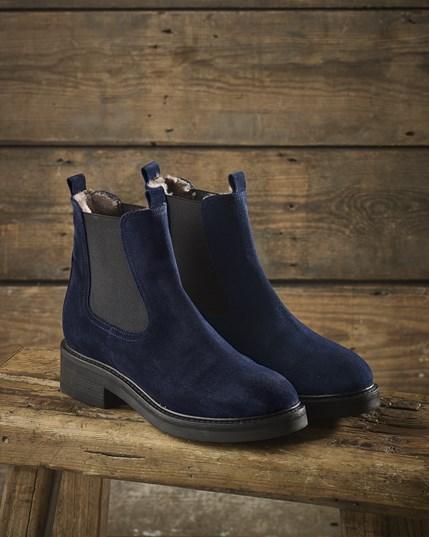 Sheepskin Chelsea Boots
