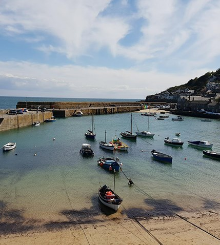 mousehole.jpg