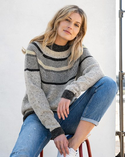 7675 Statement Donegal Jumper Fossil (New)