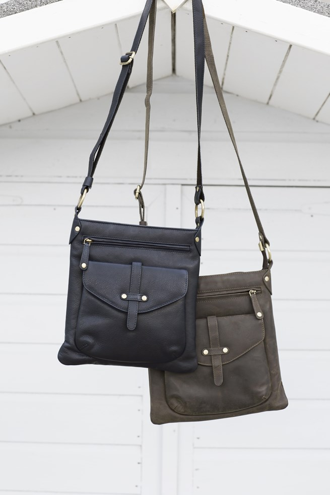 rigger bag_hanging.jpg