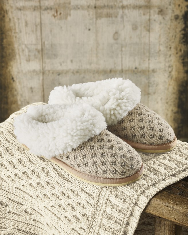 Knitted Cribba Slippers