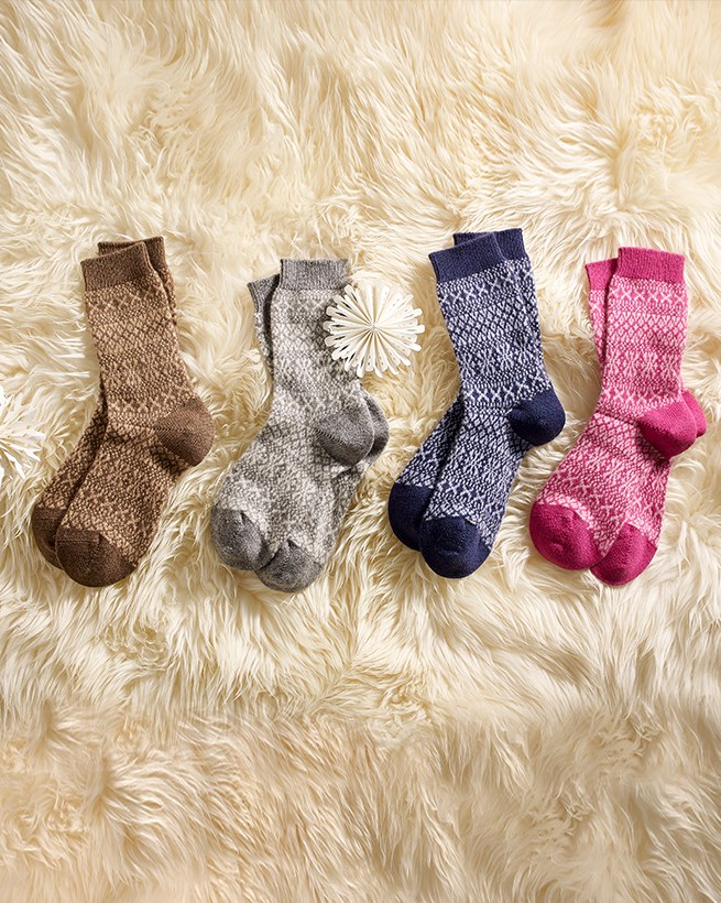 7127_ladies fairisle socks_x16.jpg