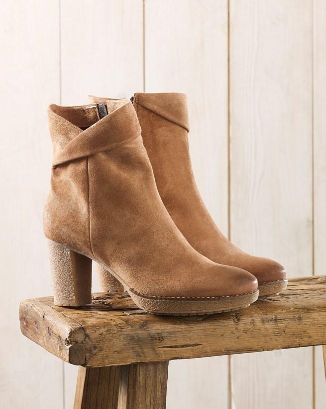 Crepe Sole Heel Boots