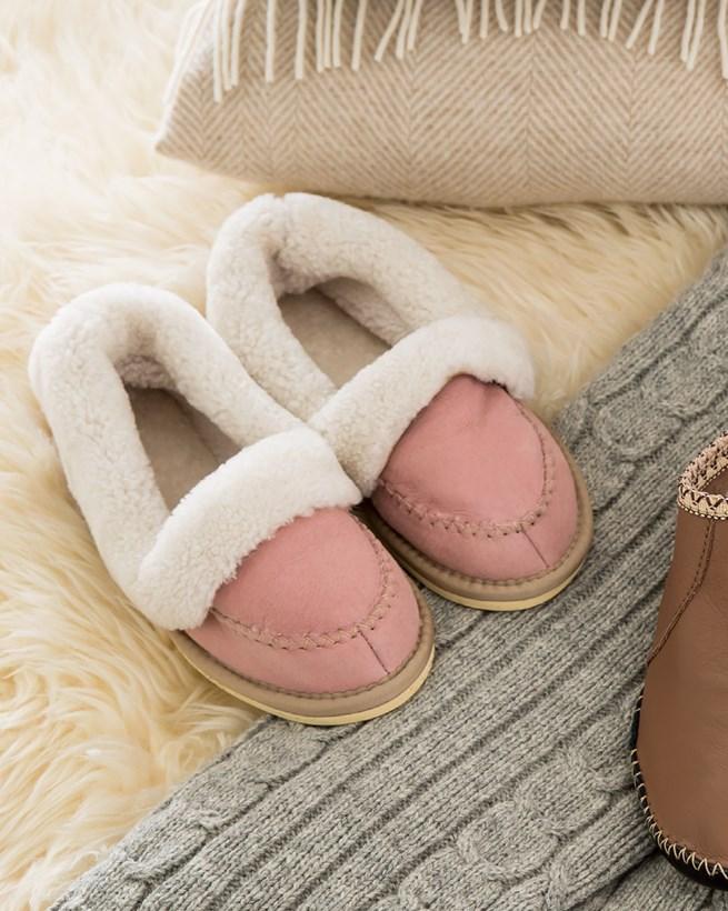 7446-lfs-halona-slippers.jpg