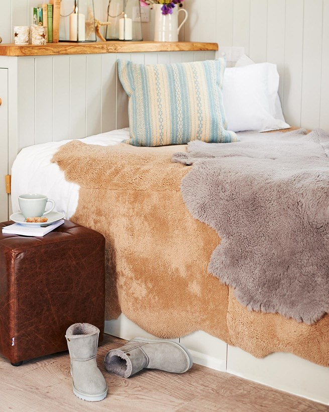 Shearling Throw