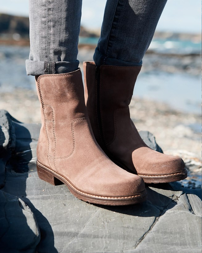 The Essential Leather Ankle Boots