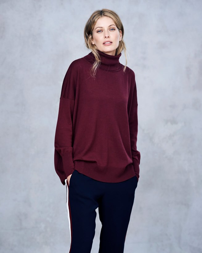 Slouchy Fine Knit Turtle Neck