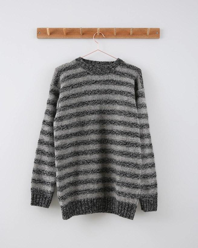 Mens 2 Colour Reverse Knit Jumper - Size Medium - Grey Stripe 730